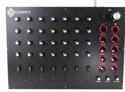Custom MIDI Controller 7×4 – Manudigital